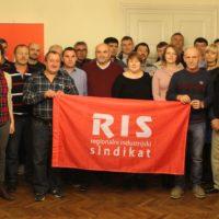 Foto: RIS | Članovi BRID-a s članovima RIS-a i radnicima ITAS-a