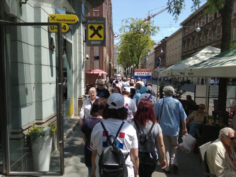 Foto: RP| Prosvjedna kolona u Jurišićevoj ulici