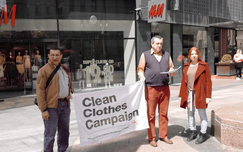 Konferencija za medije ispred H&M-a